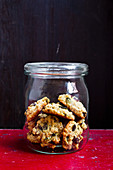 Vegan muesli biscuits