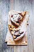 Vegan wholemeal tart with seasonal fruit