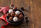 Marchpane balls