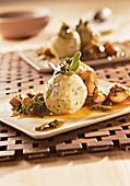 Potato and ground-elder dumplings