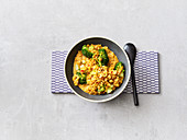Quick broccoli and lentil curry