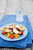 Mozzarella-Röllchen in Serrano mit Zucchini-Auberginen-Füllung