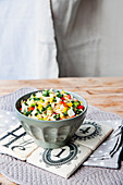 Rice noodle salad with peppers, sweetcorn and mozzarella