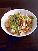Stir-fried chicken with pepper, leek, mange tout and shiitake mushrooms