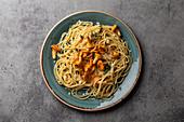 Spaghetti mit Pfifferlingen und Parmesan