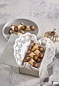 Cannoli - Nussröllchen mit gesalzenem Karamell