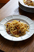Spaghetti with cheese and pig cheek
