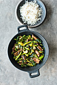 Green stir-fried vegetables with rump steak