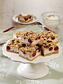 Quark crumble cake with cherries
