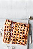 Mincemeat-Cranberry-Mandelpie