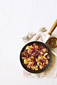 Hash browns with red cabbage