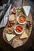 Rosehip chutney with cheese and bread