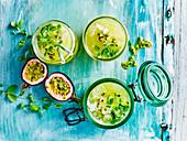 Detox Drink: Passionsfrucht-Ananas-Spritzer