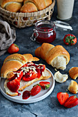 Yeast croissants with strawberries