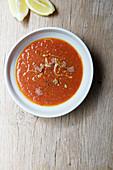 Tomatensuppe mit Gewürzen