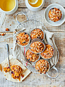 Apple and blueberry muffin cakes