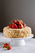 Napoleon cake - Homemade vanilla, pastry cream and strawberry mille-feuille cake