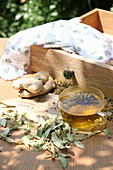 Relaxation tea with ginger, chamomile and linden blossom