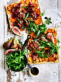 Prosciutto rocket flatbread pizzas with figs