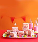 Strawberry jelly cakes