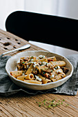 Wholemeal rigatoni with porcini mushrooms and blue cheese