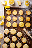 Crispy lemon biscuits with a lace pattern