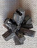 Prismatic manganite crystals