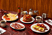 New York breakfast setting