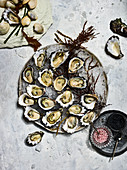 Oysters with vinaigrette and caviar