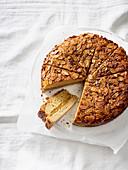 Vegan Bienenstich (caramelised almond cake)