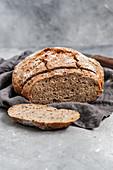 Simple sourdough bread (vegan)
