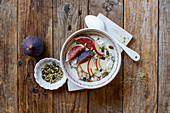 Autumnal Quinoa Oats with Skyr