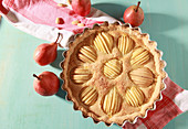 Pear crostata with almonds