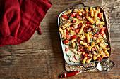 Chicken, spinach and bacon Alfredo pasta bake
