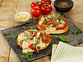 Flatbread Pizza with Tomato and Mozzarella