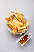 Parsnip chips with spices