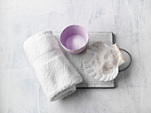 Neurodermitis bath made from Dead Sea salt and sodium bicarbonate