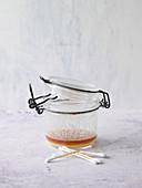 Warzen-Ade-Paste aus Kristallsalz und Apfelessig
