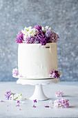Vanilla cake with lilacs
