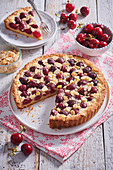 Cherry cake with almonds