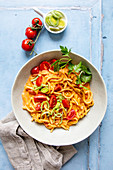 One-pot spaetzle with tomatoes