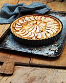 Apfelkuchen in Backform