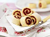 Swiss roll cakes