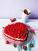 Erdbeer-Biskuit-Herz