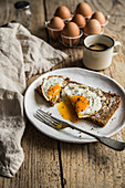 Wholegrain bread with eggs sunny side up
