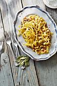 Ciceri a tria - pasta with chickpeas from Apulia