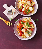 Farfalle with mini tomatoes and parmesan