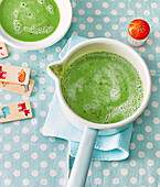 Lightning-fast pea soup