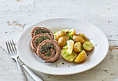 Beef roll with spinach and nettles