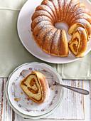 Carrot fancy yeast cake